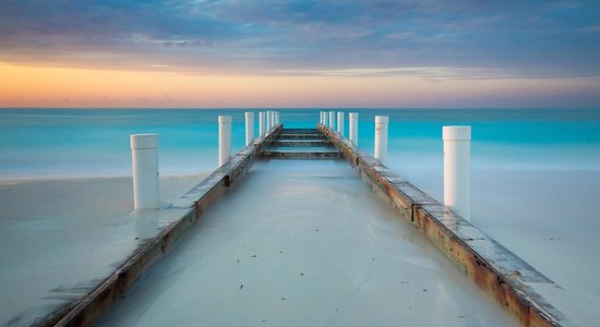 The Regent Grand: Old Pier at Grace Bay