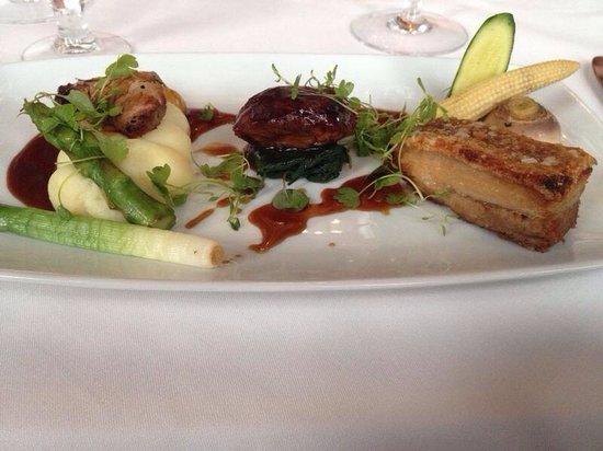 Warner Leisure Hotels Thoresby Hall Hotel: Trio of pork