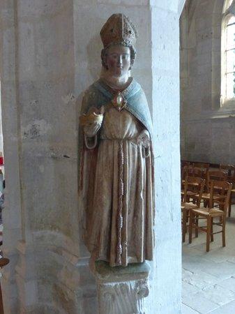 Église Sainte-Radegonde de Giverny : Church Interior