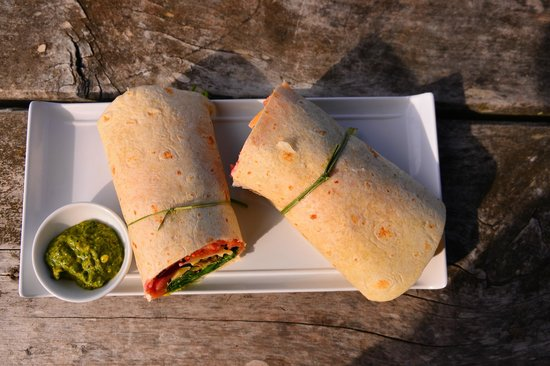 Hothouse Cafe: Tasman Salmon Wrap