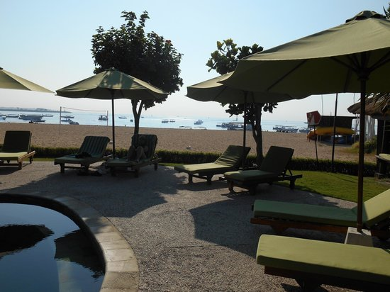 The Tanjung Benoa Beach Resort Bali : playa desierta