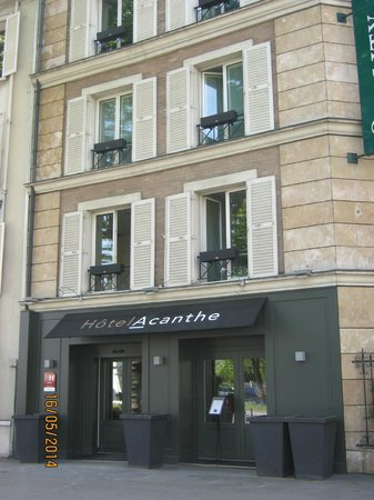 Quality Hotel Acanthe : hotel frontage