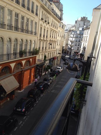 Hotel Saint Germain: Street view from room 21