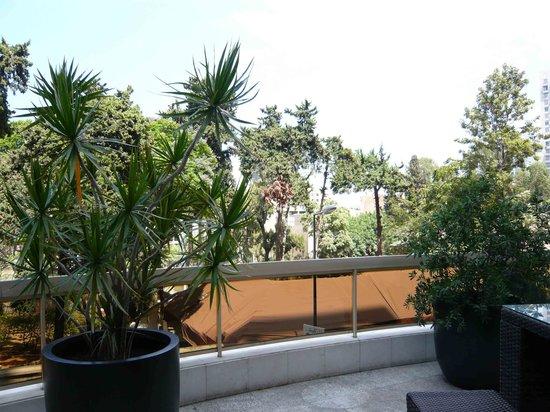 Gefinor Rotana Hotel: beautiful garden in Hotel