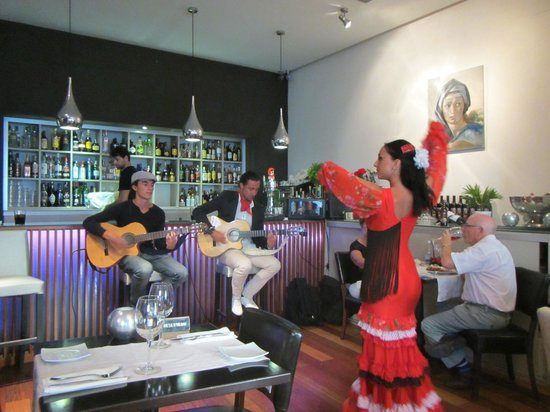 Restaurante Vino Mio : Выступление фламенко
