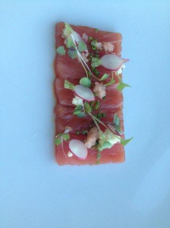 Harvest: Tuna entree