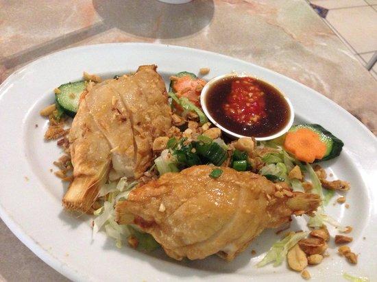 New Saigon Restaurant: Chao tom (minced prawn wrapped around sugar cane)