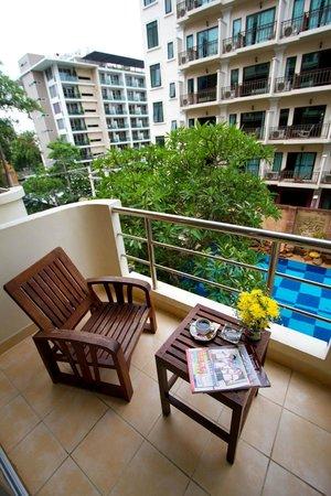 โรงแรมเบลลา วิลล่า พริม่า: Balcony