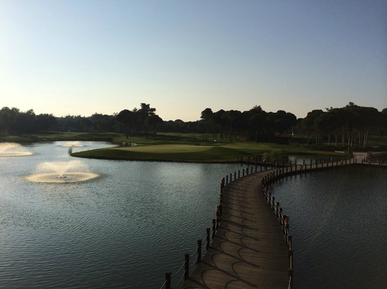 Sueno Hotels Golf Belek: View from the main bar area