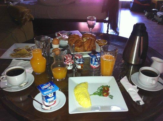 The Red House: petit déjeuner