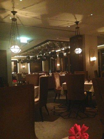 Marjan at Waldorf Astoria Ras Al Khiamah: Marjan Restaurant