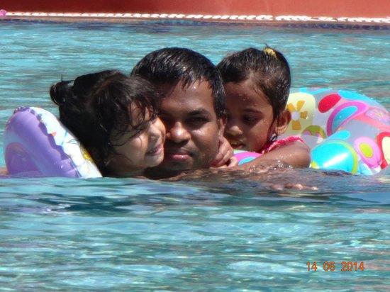 Holiday Inn Resort Goa: pool