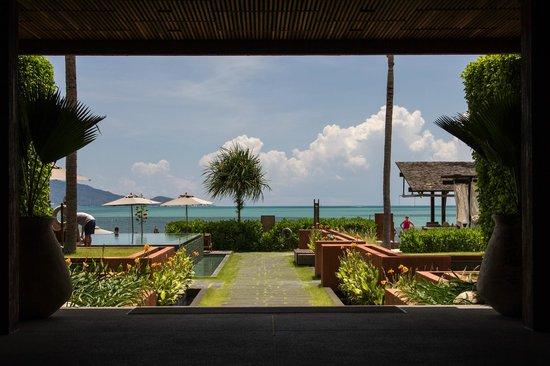 Hansar Samui Resort: Vue depuis les couloirs