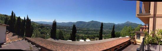 Renaissance Tuscany Il Ciocco Resort & Spa: View from the balcony