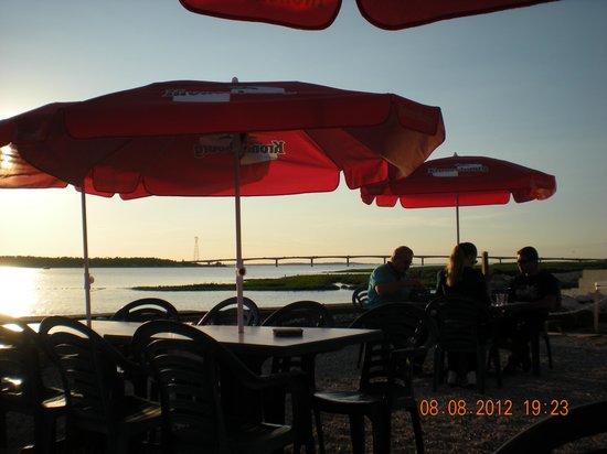 Bar à  huîtres billeau : vue de la terrasse