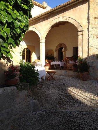 Finca Hotel Son Palou : morgenmad her eller indenfor