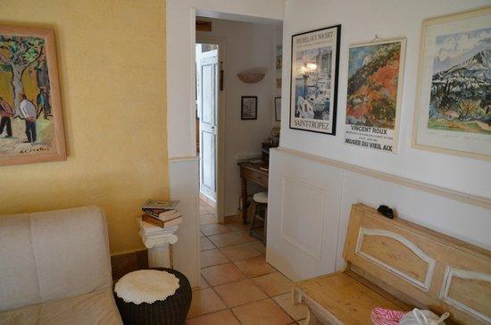 La Charlotte Aix en Provence: Le coin bureau