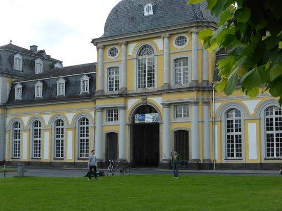 Poppelsdorf Palace : Haupteingang