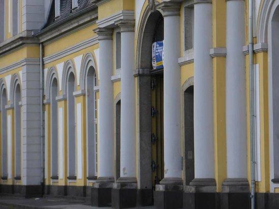 Poppelsdorf Palace : Frontseite von Norden aus