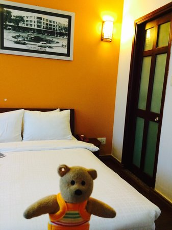 Little Saigon Corner Boutique Hotel: Spacious enough. I have no complains at all :-)