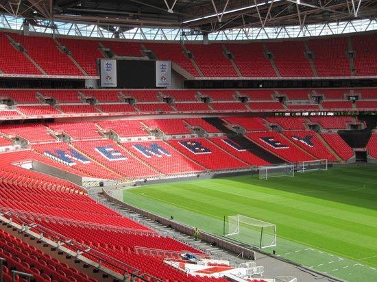 Wembley Stadium: Wembley Tribüne