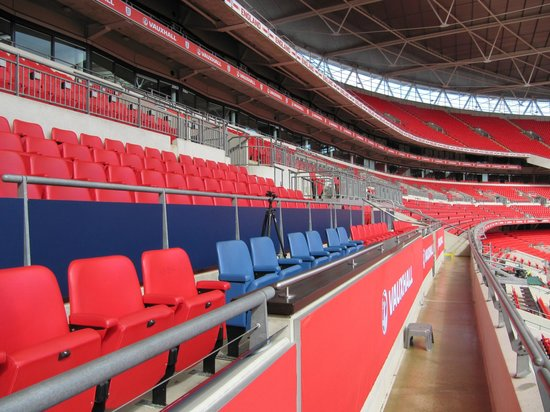 Wembley Stadium: Wembley Haupttribüne