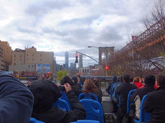 City Sightseeing New York Hop On - Hop Off : Hoho richting Brooklyn