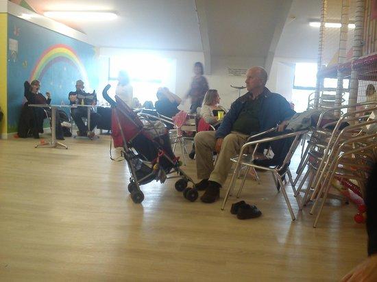 Hullabaloo Soft Play Centre: seating