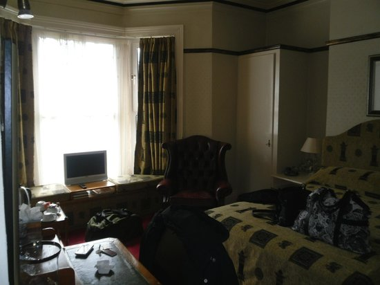 The Harrogate Brasserie Hotel: Lovely room