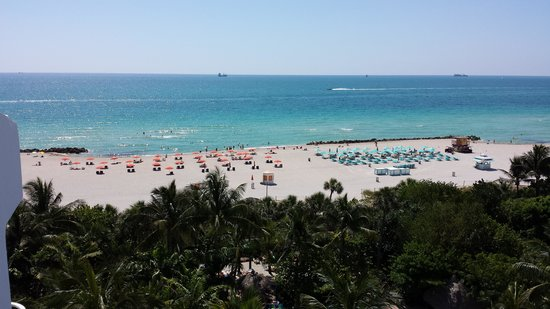 Hotel Riu Plaza Miami Beach: beach view