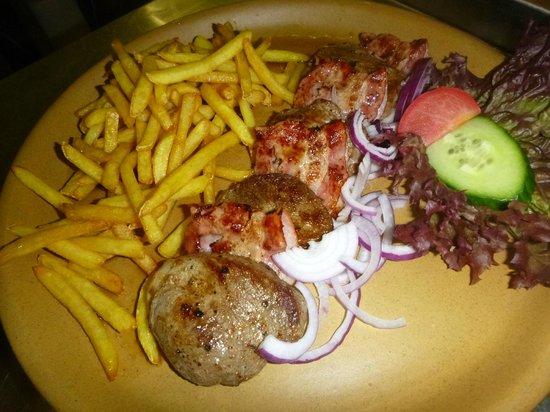 Restaurace Krumlovský mlýn: pork medailons