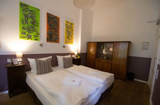 Grand Hostel Berlin: Doppelzimmer im Erdgeschoss