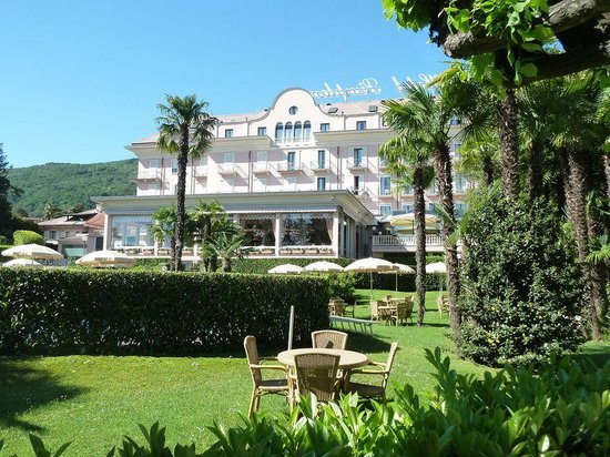 Hotel Simplon: l'Hotel dal parco