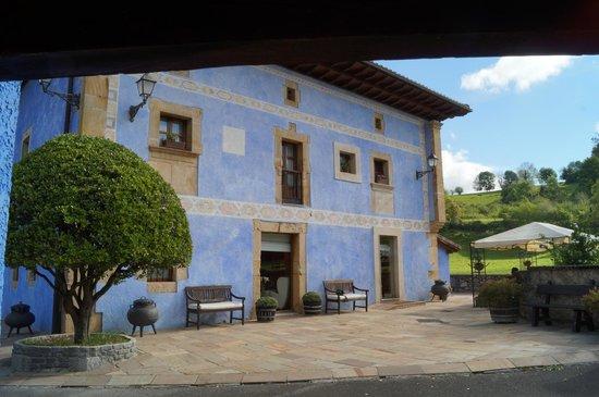 Llano de Con, สเปน: fachada hotel