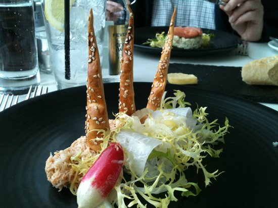 Six : N Sea Crab, Fennel & Radish salad with sesame crouton(s)