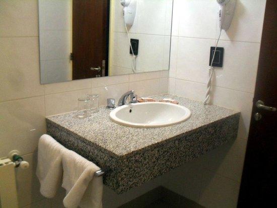 Hotel Bahia Redonda : BAÑO