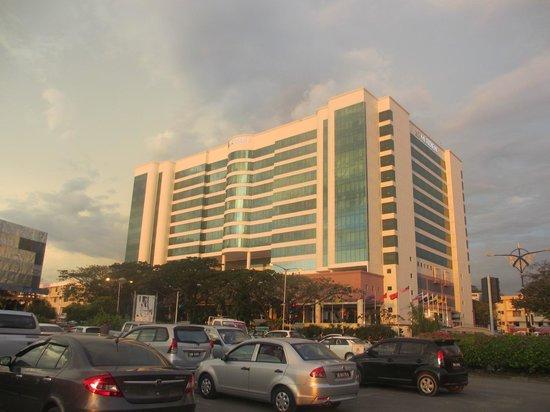 Le Meridien Kota Kinabalu: hotel
