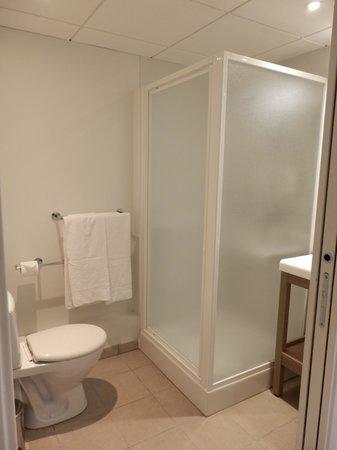 Appart'City Paris Bobigny : La salle de bain