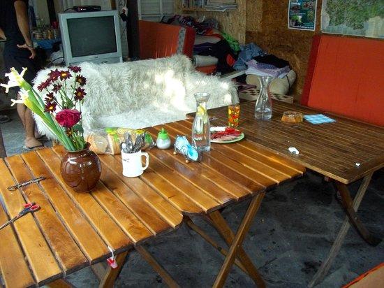 Petit déjeuner au Hikers Hostel