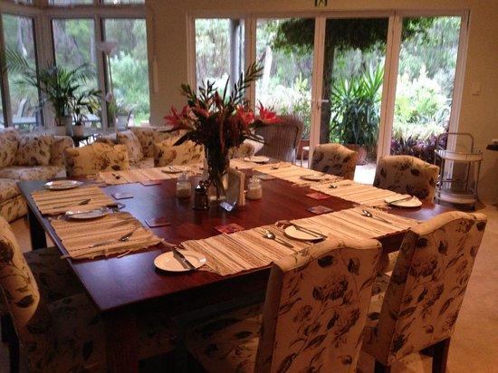 Margaret River Bed & Breakfast: Breakfast table