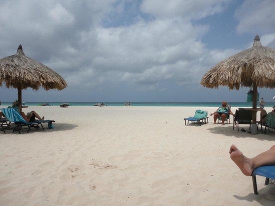 Divi Village Golf and Beach Resort: Beautiful wide beach