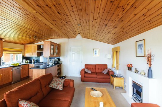 Fallbarrow Park: Well equipped rooms in L23
