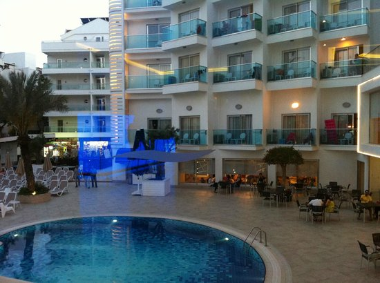Blue Bay Platinum Hotel: View from the bar