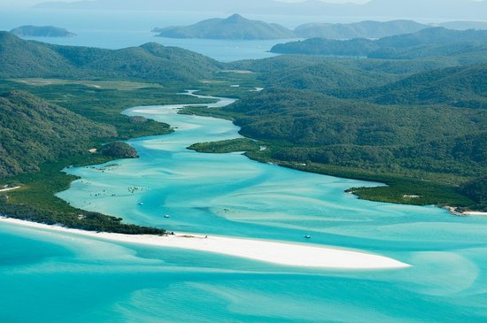 Whitehaven Beach: Hill inlet from the air