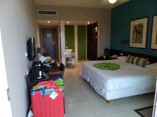 Now Larimar Punta Cana: Notre chambre, ce soir là, la femme de ménage était au top - C'est ce que l'on a eu de mieux !