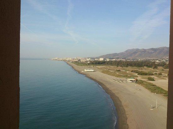 Tryp Malaga Guadalmar Hotel : plage vue du 8 eme etage