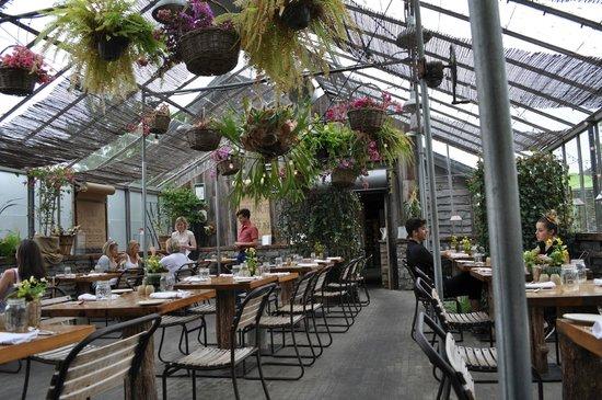 Terrain Garden Cafe : view of interior of restaurant