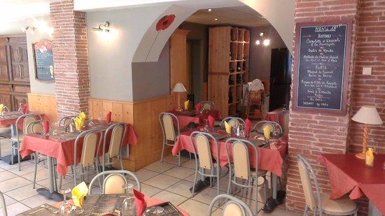 Les Terrasses du Ventoux : Une salle spacieuse, eclairee et chauffee pour les jours frais.