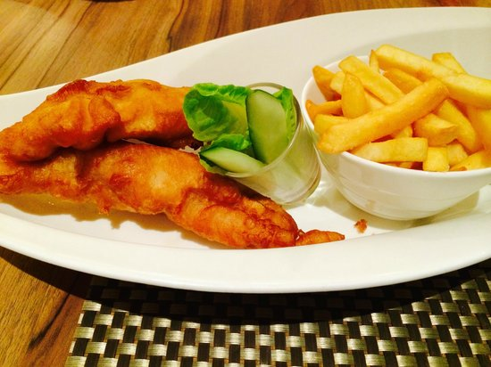 Four Points by Sheraton Sandakan : Fish and Chips.