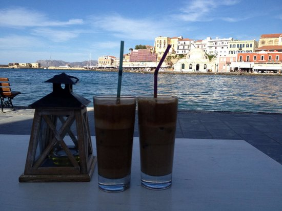 Zepos Restaurant: Most romantic restaurant/cafe in Hania!